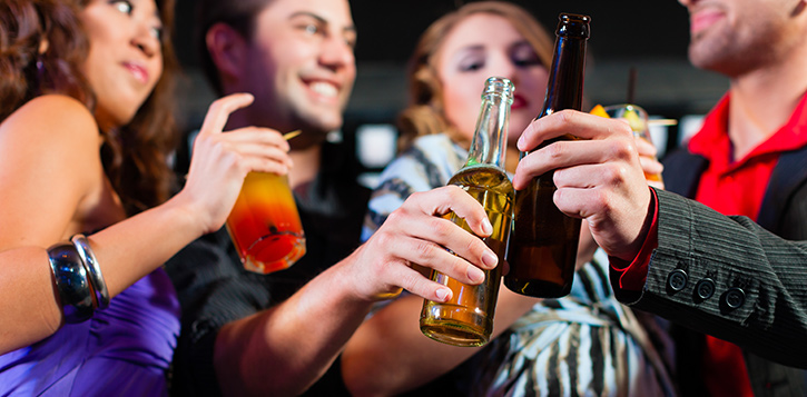 college drinking and high school drinking Although this physician and mother of three tolerates teen drinking (for her kids   i attended a tenth grade parent meeting, organized by the local high school and   we could demystify alcohol, and when our daughters and son went to college, .